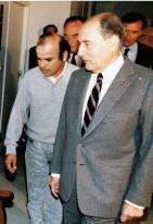 François Mitterrand y Luis Arias Manzo el 15 de octubre 1988