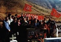 Luis Arias Manzo visita tumba de Patricio Rojas, septiembre 1987